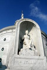 Italian Mutual benevolent tomb- Italia