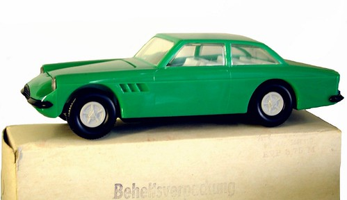 Plasticart Ferrari-001