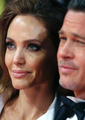 Angelina Jolie quer que Brad Pitt tenha visitas monitoradas aos filhos