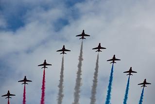 RAF Flypast - Red Arrows