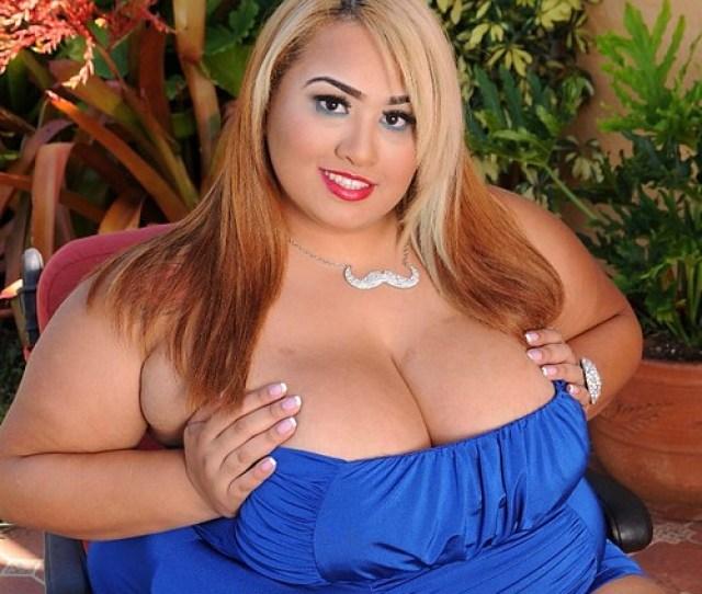 Curvy Latina Bbw Lovely Sillk Plumperpass Latinababes Plussizewomen Plumper