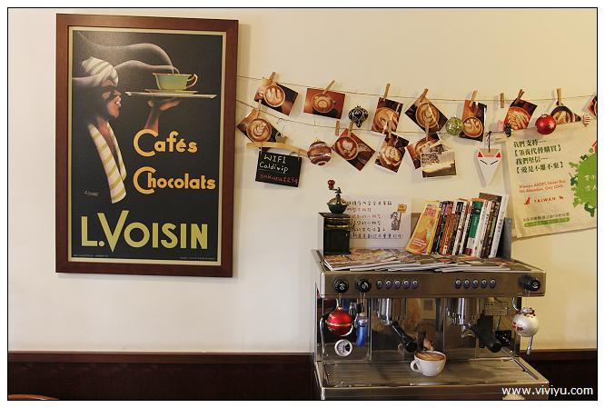 [桃園.美食]卡爾地咖啡館~季節限定草莓千層&可愛拉花咖啡 @VIVIYU小世界