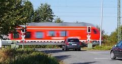 """Die Schranke. Die Schranke. Ein beschrankter Bahnübergang. • <a style=""""font-size:0.8em;"""" href=""""http://www.flickr.com/photos/42554185@N00/30215050684/"""" target=""""_blank"""">View on Flickr</a>"""