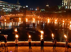 7 Guest lighters around the basin (Photo by Erin Cuddigan)