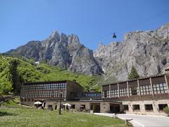 Parador de Fuente Dé and funicular