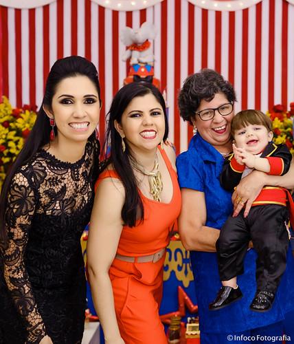 Ddiane e Davi com a irmã dela, Gê Nogueira, e a mãe, Marinete,