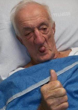 Ex-assistente de palco da Globo, Russo deixa hospital após AVC