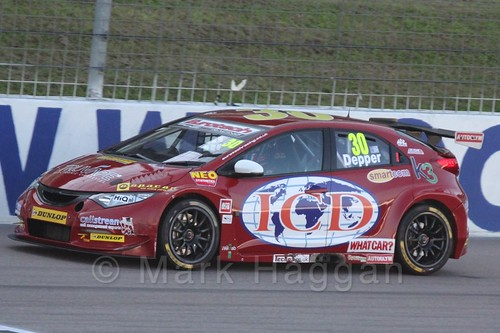 Martin Depper in BTCC action at Rockingham 2015