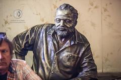 Ernest Hemingway statue in the Floridita Bar.