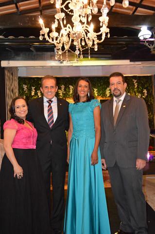A gerente geral da Acicel, Soraya Rolla, o vice-prefeito Bruno Torres, a funcionária da Acicel Graça e o presidente Marco Túlio Lamounier