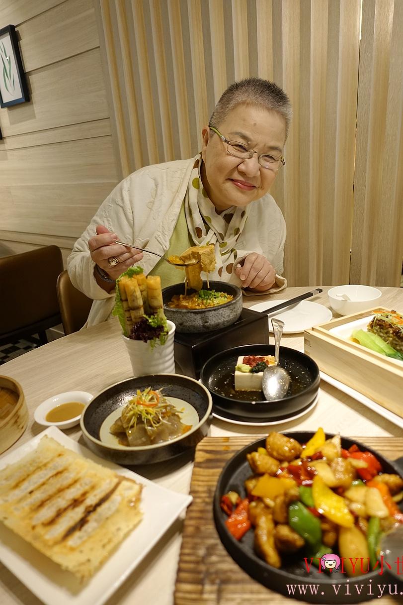 台北美食,忠孝SOGO館,忠孝復興站,捷運美食,漢來蔬食,素食 @VIVIYU小世界
