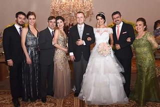 O irmão da noiva, Alain e a namorada Fernanda, a irmã Aline e o marido André, José Roberto e Penha