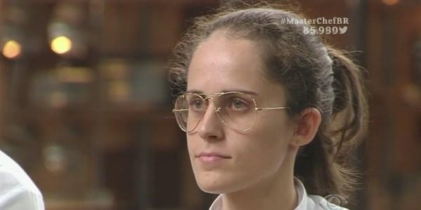 """Em prova decepcionante para júri, Fádia erra suflê e deixa """"MasterChef"""""""