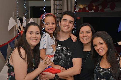 Daniele, Marcela, Lucas, tia Suely e Bárbara