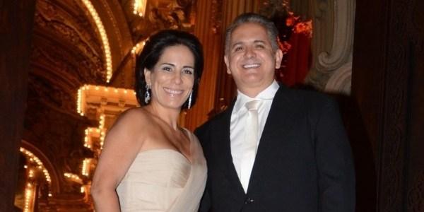 """""""Estamos nos dando bem"""", diz Gloria Pires sobre casamento a distância"""