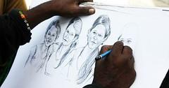 """Das Zeichnen. Oder: Das Skizzieren. Er zeichnet mit einem Bleistift ein Gesicht. • <a style=""""font-size:0.8em;"""" href=""""http://www.flickr.com/photos/42554185@N00/30397739250/"""" target=""""_blank"""">View on Flickr</a>"""