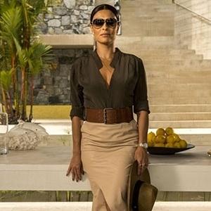 Juliana Paes é comparada à Kim Kardashian na internet ao aparecer em novela