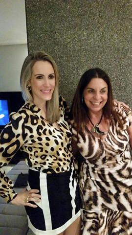 Mônica Martins e a anfitriã