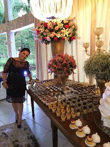 Merle Oliveira e a mesa de doces que assinou para a sobrinha