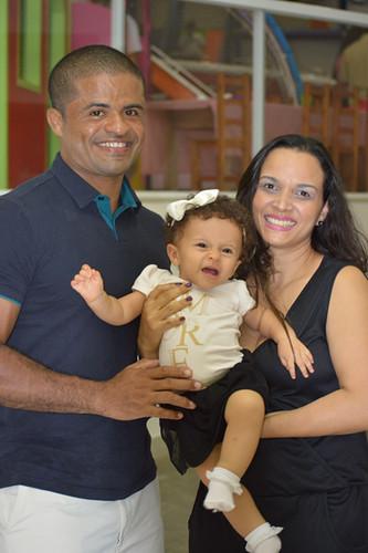 Aurélio Diniz e Gisele com a pequena Ana Luiza