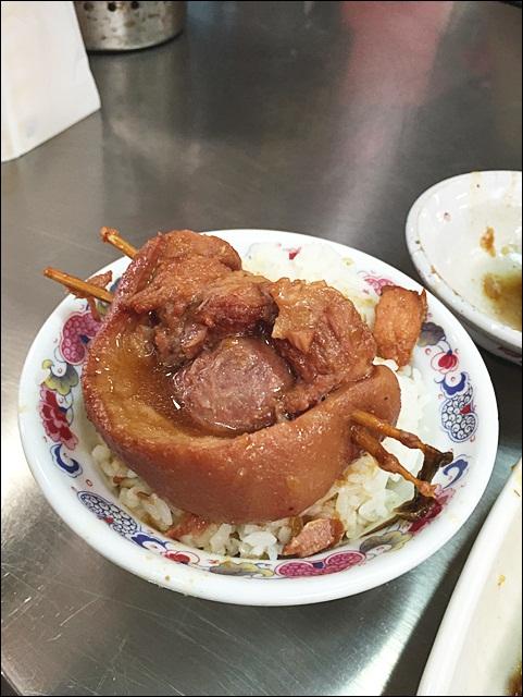 台中爌肉飯