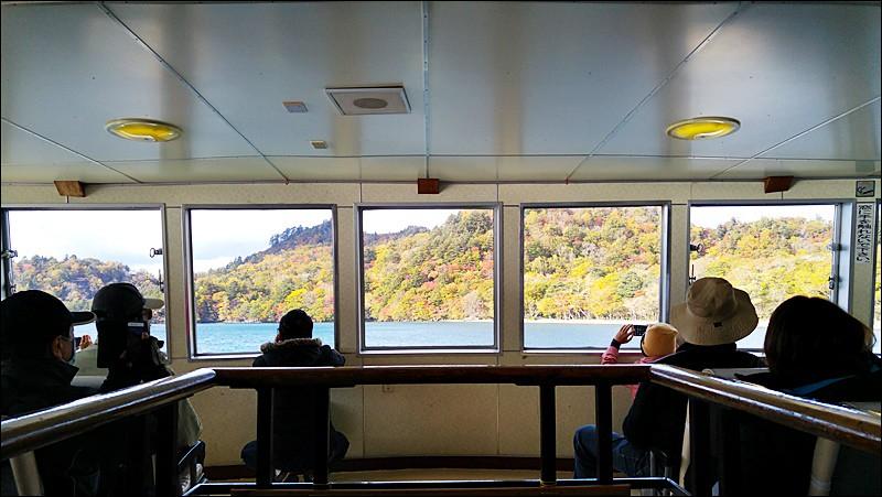 十和田湖遊覽船
