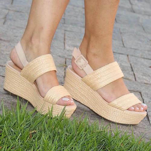 Palha chique! As marcas famosas escolheram este material para as sandálias de Verão