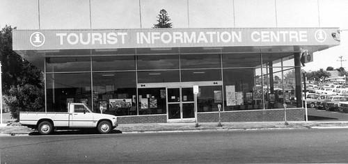 Frankston Tourist Information Centre, Playne Street, 1981