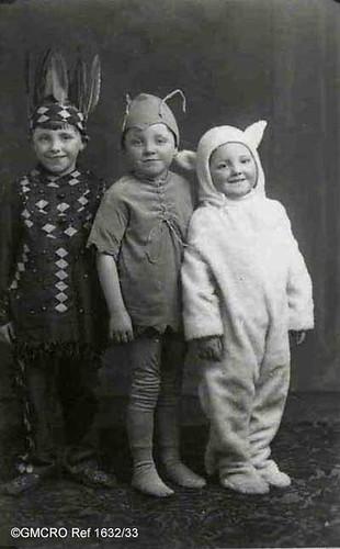 Kenneth, Gordon and Graham Crawford, 1930 (GB124.DPA/1632/33).