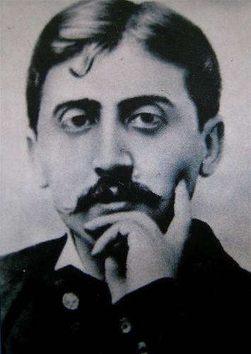 """Marcel Proust, Gelosia, Editori Riuniti 2010; realizzazione editoriale: Clavis, alla cop.: """"La voix du sang, 1961, di René Magritte"""", risvolto della q. di cop. (part.), 1"""