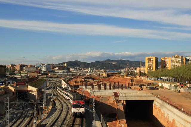 Zona nueva estación de La Sagrera desde puente Calatrava - 11-04-12 - © Marc Arroyo