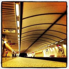 Ακρόπολη: Ο σταθμός του Μετρό ένα Σάββατο μεσημέρι