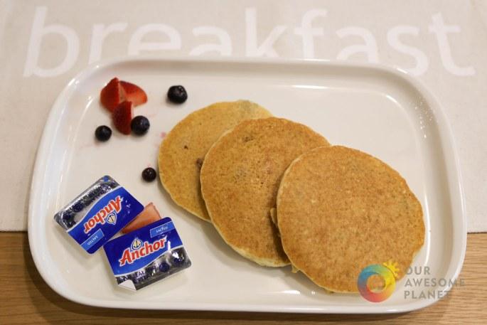Kitchen 1B Breakfast-3.jpg