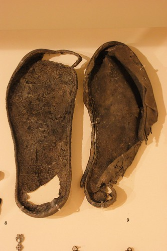 Leather shoes 13-14th C