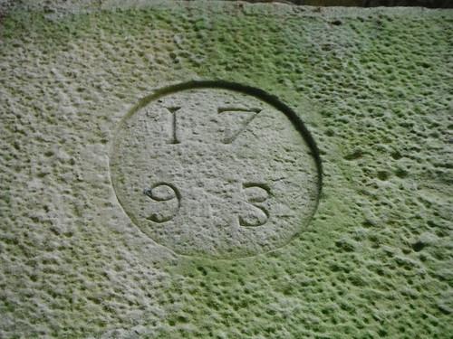 Detall de la llinda del molí de Barnils