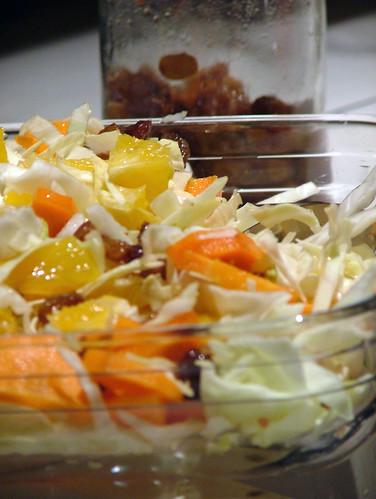 cabbage, orange, raisin salad - insalata cappuccio, arancia e uvetta sotto grappa