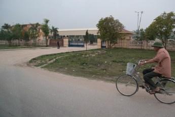 Alter Mann auf Fahrrad