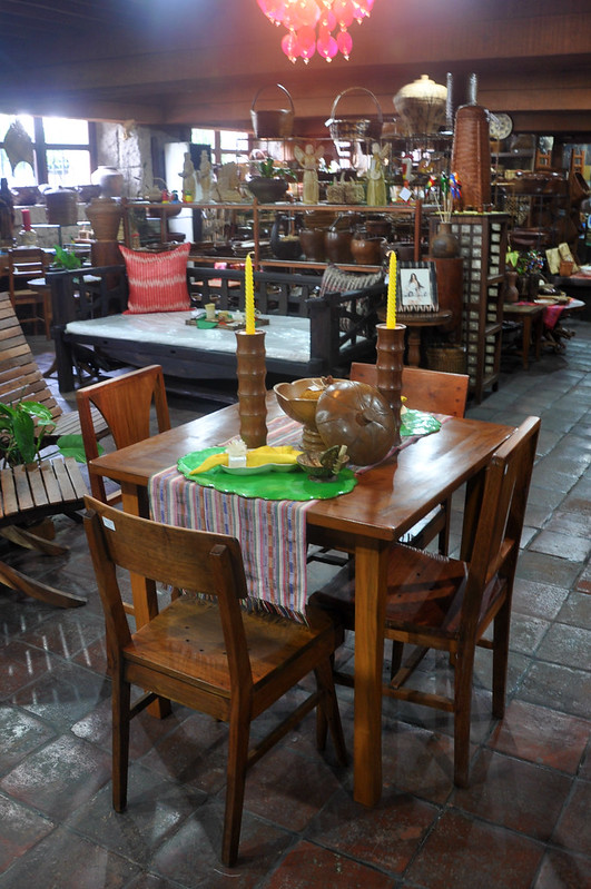 Filipino home furnishings
