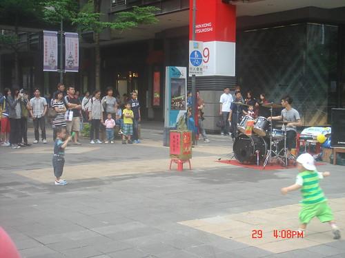 街頭藝人_新光三越信義20