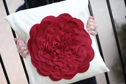 pillowcover@www.urbanfringe.etsy.com