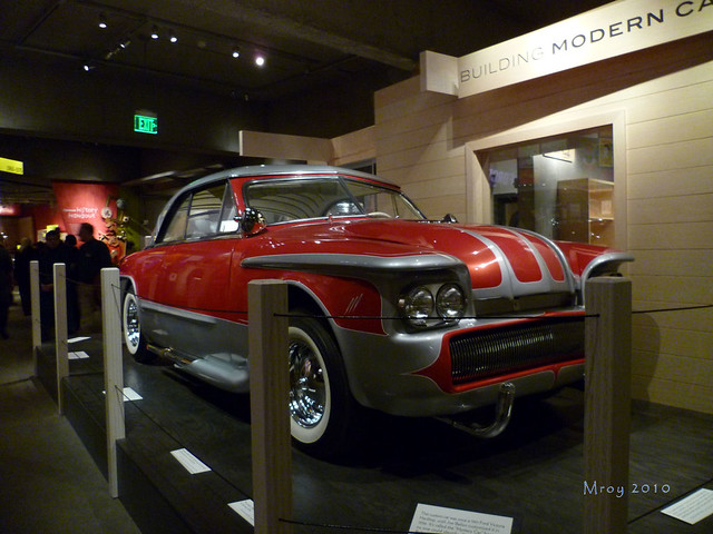 oakland museum 053