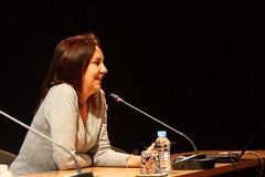 """Conferencia a cargo de María Dueñas """"El Tiempo entre Costuras"""" en el Centre D´Art d´Alcoi el día 10/03/2011.  Obra Social. Caja Mediterráneo"""