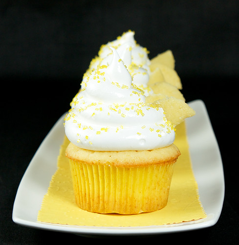 Beehive Cupcakes-Honey-Kissed Yellow Cupcakes with Meringue Icing