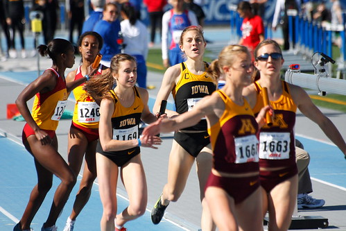 Collaborative journalism as relay race?