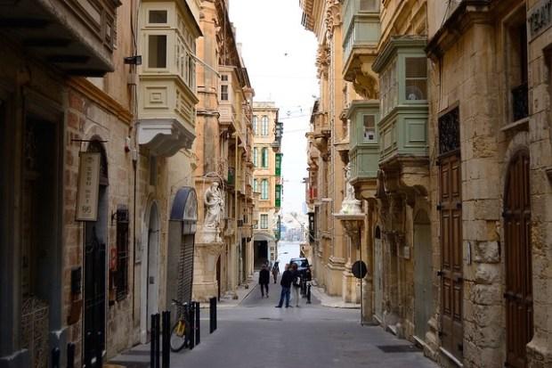 Valletta streets, Malta | No Apathy Allowed