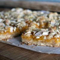 Peach Apricot Crumble Bars