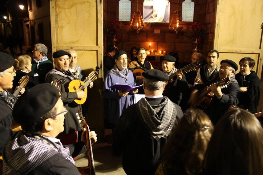 Cantando el mayo. Autor, Mariano Perez Gabaldón