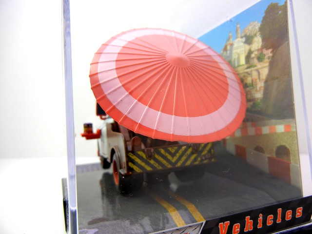 disney store cars 2 kabuki mater (3)