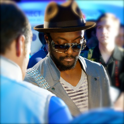 Will.i.am at Intel Booth - CES 2011. Picture by HighTechDad