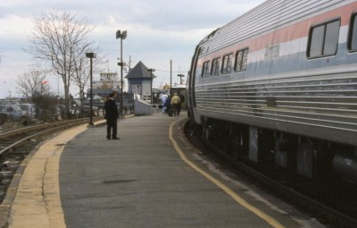 19940417 23 Amtrak Patriot, New London, CT